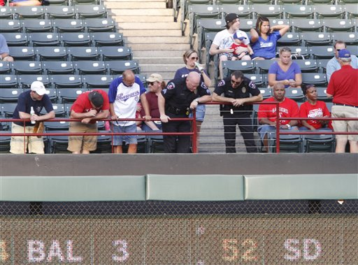 Texas rangers fan dies photo